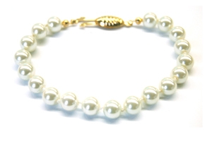 Maresca 8mm White Glass Pearl Bracelet