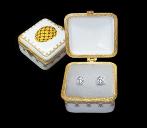 Romanov Square Coronation  Porcelain Box with 1.5 ct tw Stud Earrings
